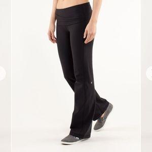 Lulumemon astro pant black size 4